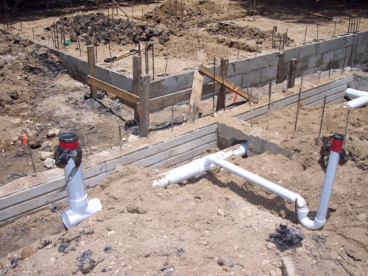 Jak przebiega budowa przyłączy kanalizacyjnych?