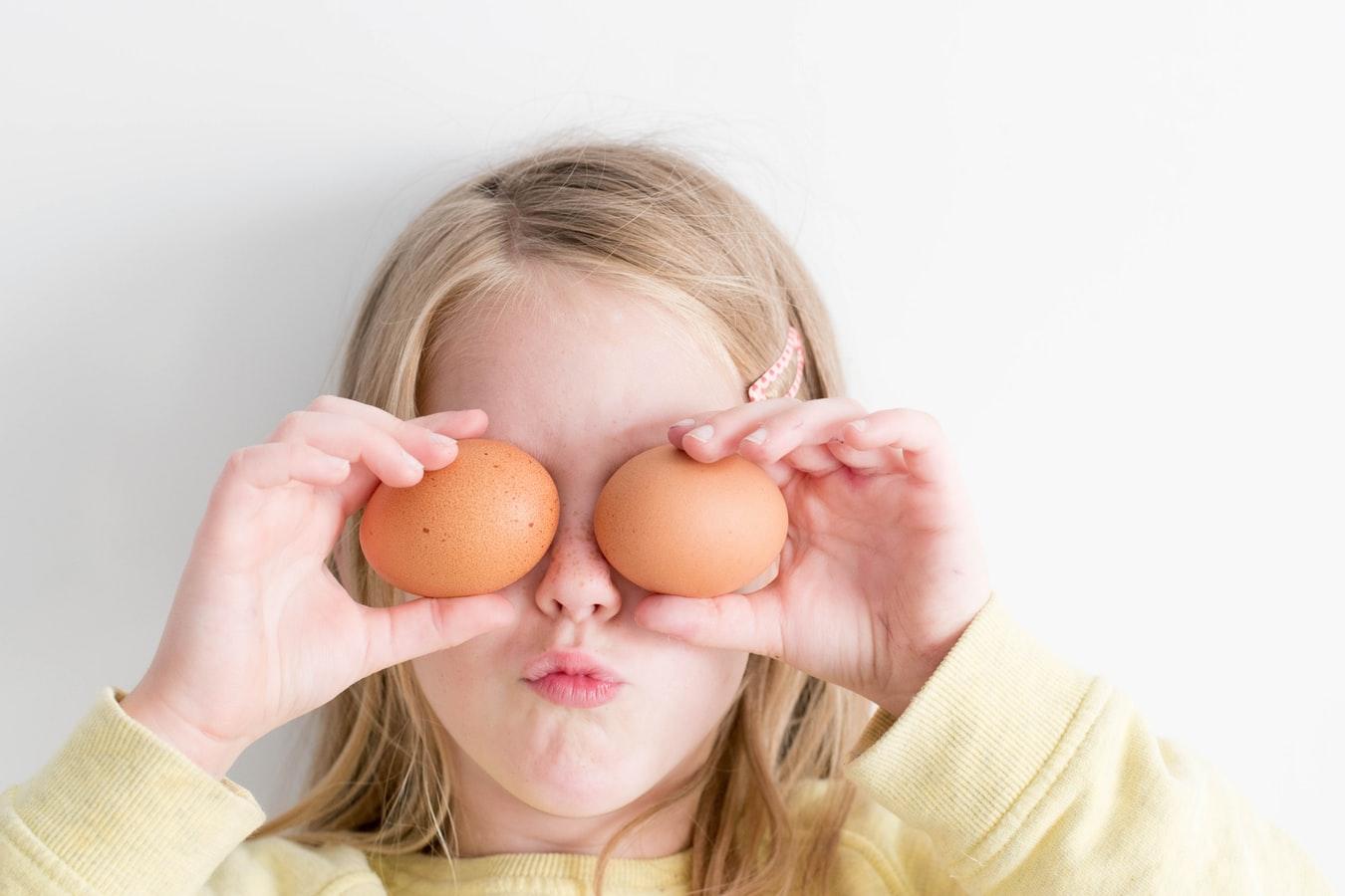 Jak dobrać obrus na Wielkanoc