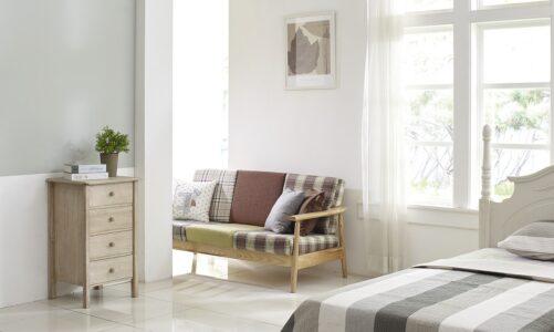 Top 5 dodatków, których nie może zabraknąć w sypialni urządzonej w klasycznym stylu